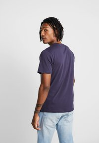 BY GARMENT MAKERS - THE TEE - T-Shirt basic - dark blue - 2
