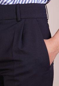 DRYKORN - EMOM - Kalhoty - blue denim - 4