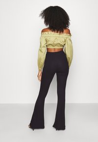 Missguided - 2 PACK FLARE  - Trousers - black/grey - 2