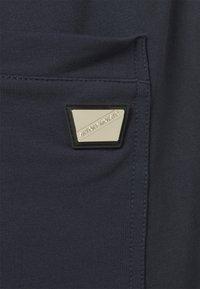 Antony Morato - REGULAR FIT TERRY - Shorts - ink blu - 2