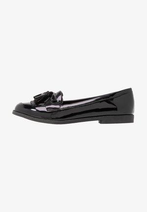 KAIRY - Nazouvací boty - black