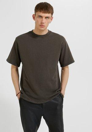 T-shirt basic - vintage ashtray