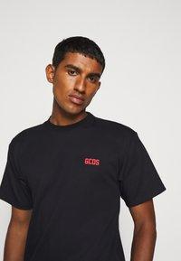GCDS - BASIC TEE - Basic T-shirt - black - 4
