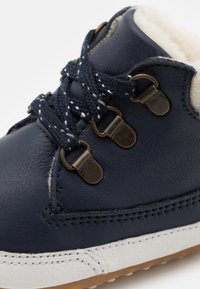 Robeez - MOUNTAIN SHOW UNISEX - First shoes - marine - 5