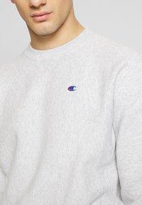 Champion Reverse Weave - BASICS CREWNECK - Sweatshirt - light grey - 5
