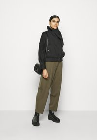 3.1 Phillip Lim - JACKET WITH EXAGGERATED COLLAR - Light jacket - black - 1