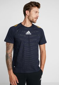 adidas Performance - ID - T-shirt con stampa - legend ink - 0
