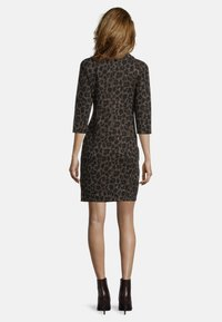 Betty Barclay - MIT 3/4 ARM - Jersey dress - black/taupe - 1