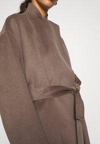 Filippa K - EDINA JACKET - Krátký kabát - dark taupe - 6