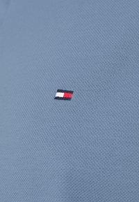 Tommy Hilfiger - REGULAR - Polo shirt - colorado indigo - 3