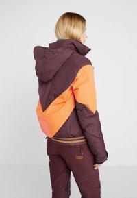 Roxy - SUMMIT  - Snowboard jacket - grape wine - 2