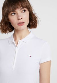 Tommy Hilfiger - HERITAGE SHORT SLEEVE - Polo - classic white - 3