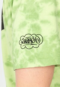 HUF - HAZE BRUSH - Print T-shirt - lime - 4
