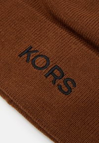 Michael Kors - EMBROIDERED CUFF HAT UNISEX - Beanie - caramel/ black - 3