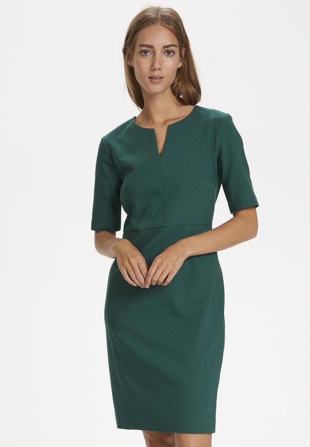 ZELLA - Robe d'été - warm green