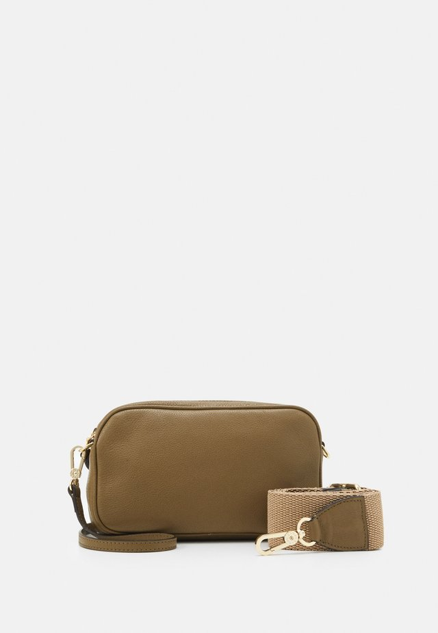 TINA BIG - Borsa a tracolla - military green