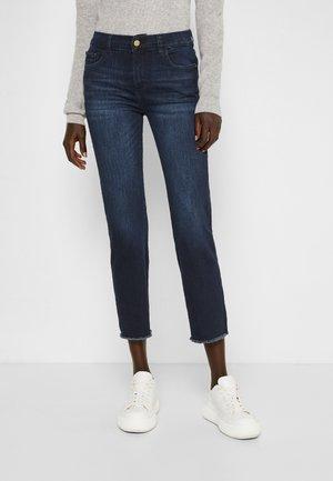 MARA MID RISE INSTASCULPT ANKLE - Jeans straight leg - mediterranean raw