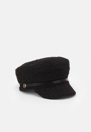 FARA - Hat - black