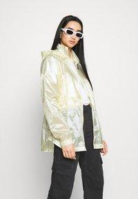 Nike Sportswear - SUMMERIZED - Summer jacket - coconut milk/black - 3