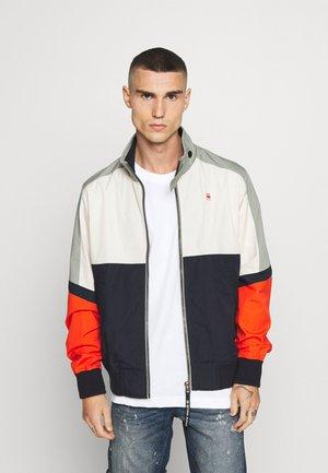MESON CB TRACK JKT - Summer jacket - lt orphus