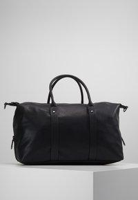 KIOMI - Weekendbag - black - 5