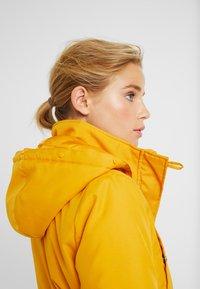 ONLY Petite - ONLIRIS - Parka - golden yellow - 3