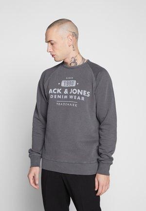 JJEJEANS WASHED CREW NECK   - Sweatshirt - black