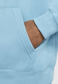 Nike Sportswear - CLUB HOODIE - Hættetrøjer - cerulean/cerulean/white - 5