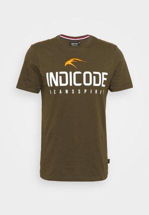 ECKRICH - T-shirt con stampa - dark olive