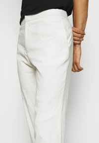Theory - CURTIS CRUNCH - Trousers - balsa - 3