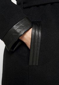 Vero Moda Curve - VMCALASISSEL - Classic coat - black - 3