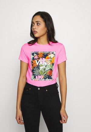 BOXLET - Print T-shirt - fuchsia pink