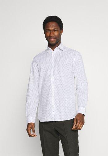 SLHREGNEW SHIRT - Camicia - bright white