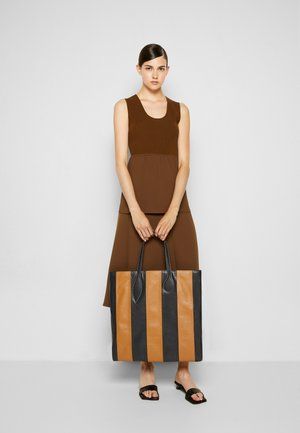 SPROUT TOTE - Shopping bag - black/tan