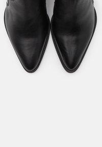 Toral - Kovbojské/motorkářské boty - black - 5