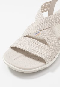 Skechers - REGGAE CUP - Walking sandals - natural/taupe - 2