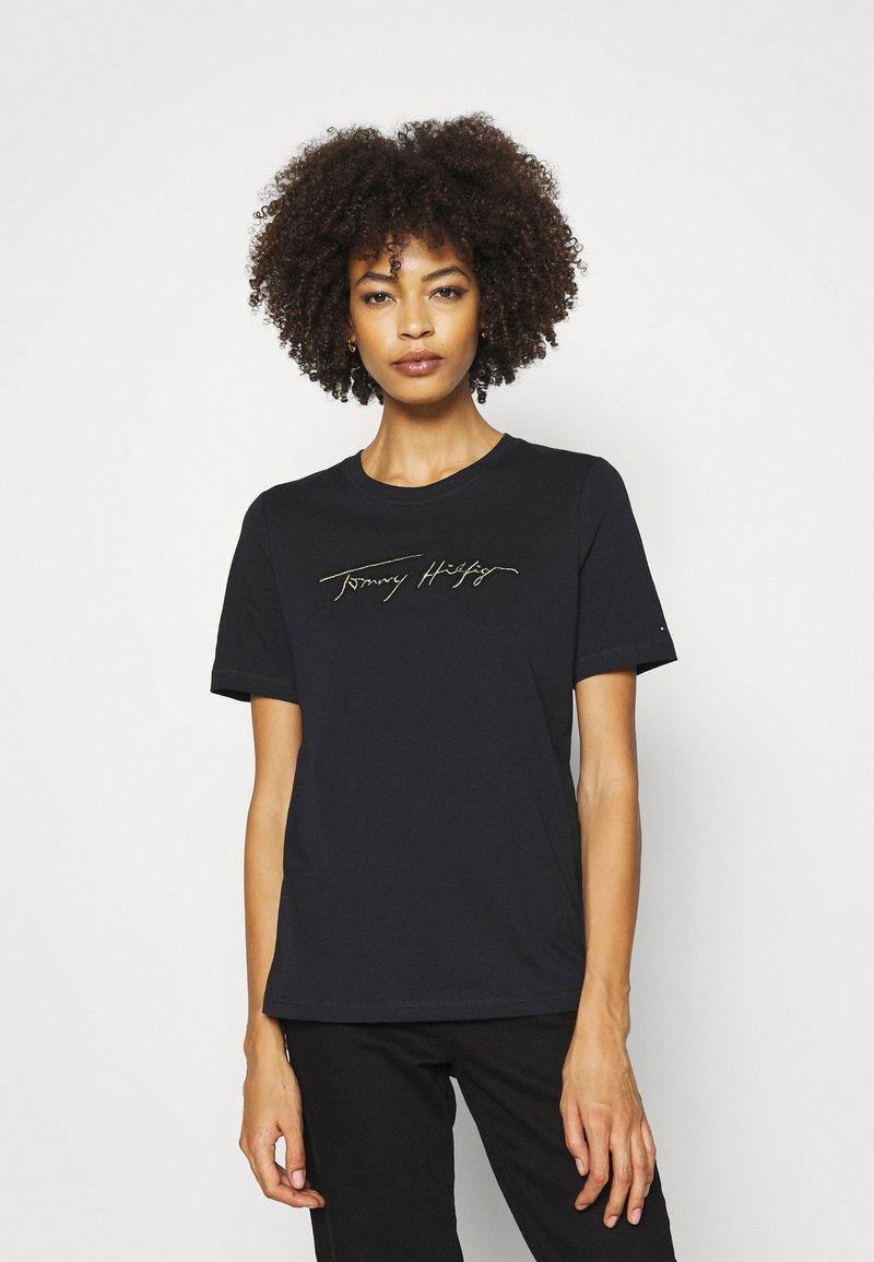 Tommy Hilfiger - REGULAR OPEN SCRIPT TEE - Print T-shirt - black
