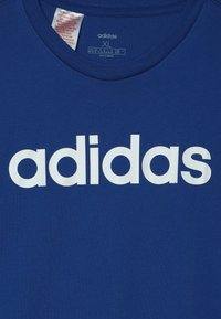 adidas Performance - LIN UNISEX - Print T-shirt - croyal/white