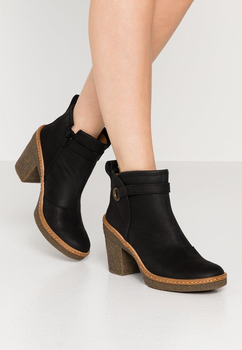 El Naturalista - HAYA - High heeled ankle boots - pleasant black