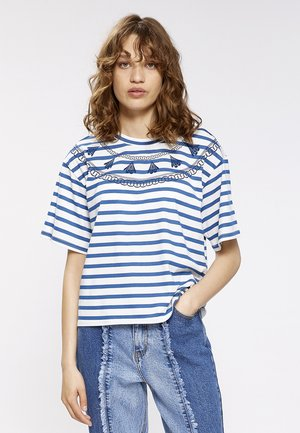 T-shirt print - blau/beige gestreift