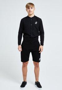 Illusive London Juniors - ILLUSIVE LONDON CORE GRANDAD - Shirt - black - 1