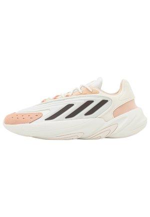 OZELIA - Trainers - white