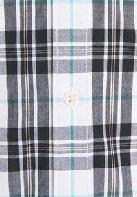 Tommy Jeans - SEASONAL CHECK SHIRT - Skjorta - white - 2