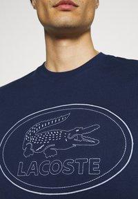 Lacoste - Print T-shirt - scille - 6