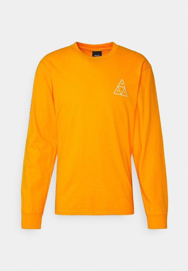 ESSENTIALS TEE - T-shirt à manches longues - gold