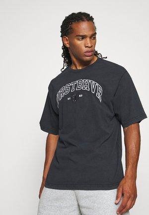 BERLIN VINTAGE WASH - Print T-shirt - black washed