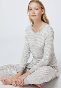 OYSHO - STRIPED - Pyžamový spodní díl - grey - 3