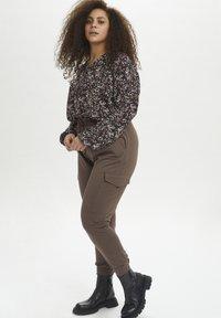 Kaffe Curve - KCSINE  - Cargo trousers - brown - 1