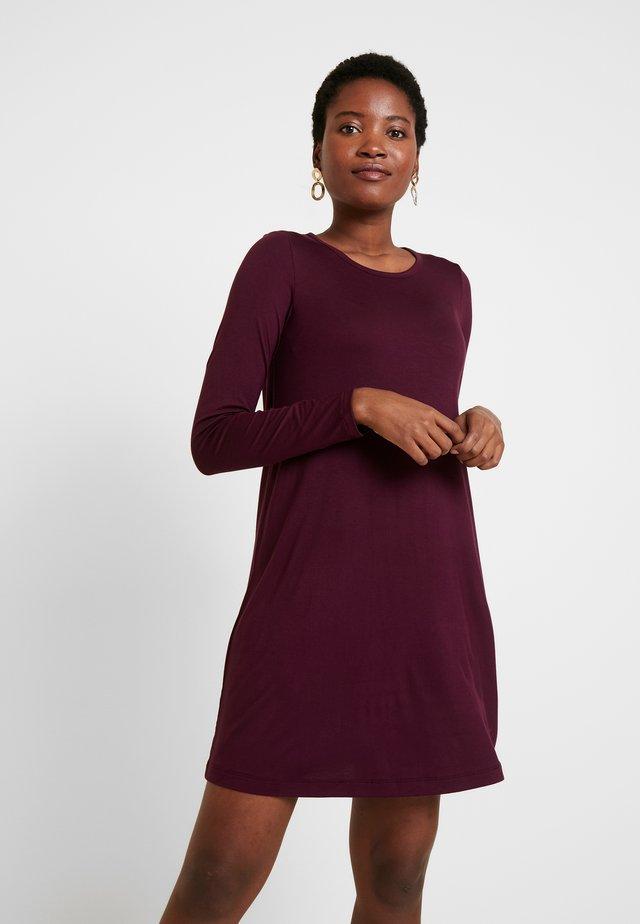 DRESS - Jersey dress - secret plum