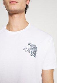 YOURTURN - UNISEX - Print T-shirt - white - 6